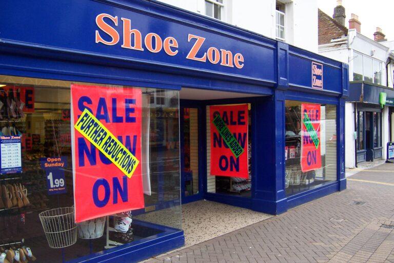 Shoe Zone Ringwood exterior paint